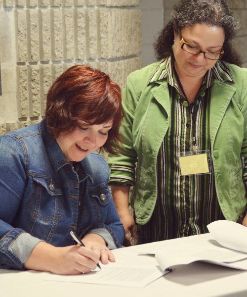 During the conference, my friend Susie Finkbeiner signed a contract with Kregel for her third novel, A Cup of Dust! And the crowd went wild! (Well, we clapped and cheered. I went wild on the inside.) Note: When conference attendees grow in their craft and sign contracts, it is a very good sign!